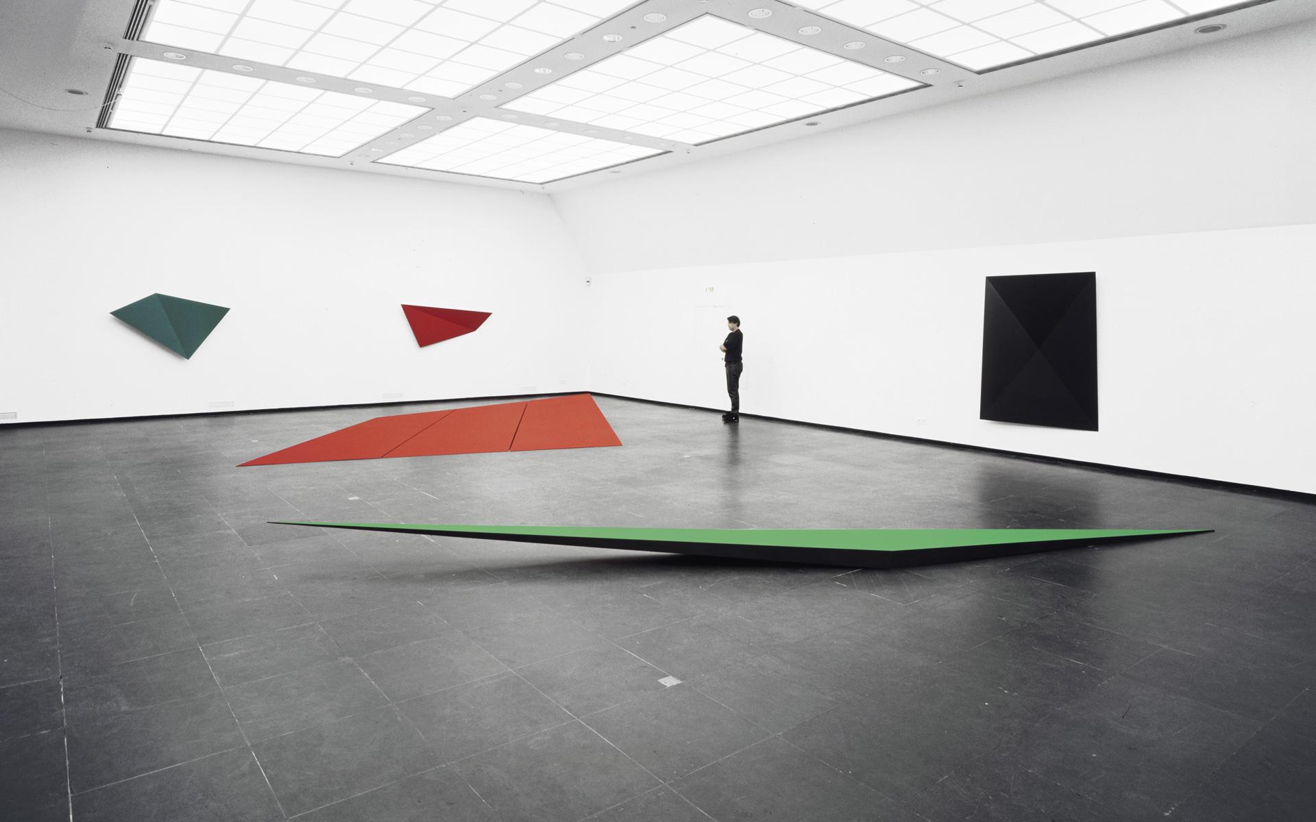 Installation view Kunstverein Frankfurt, 1997 - Photo: Christoph Valentien
