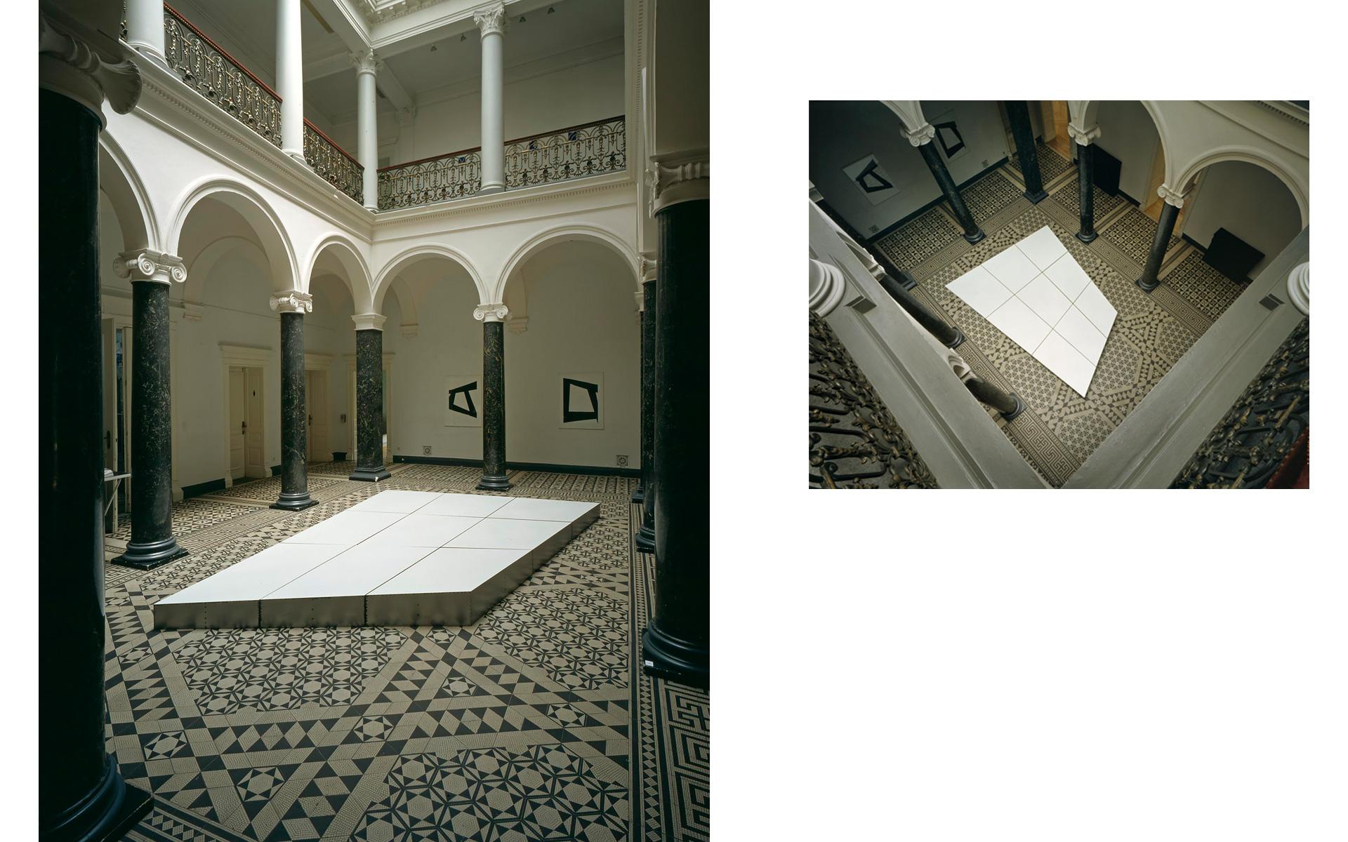Installation views Esslinger Kunstverein, Villa Merkel, Esslingen, 1999 - Photos: Christoph Valentien