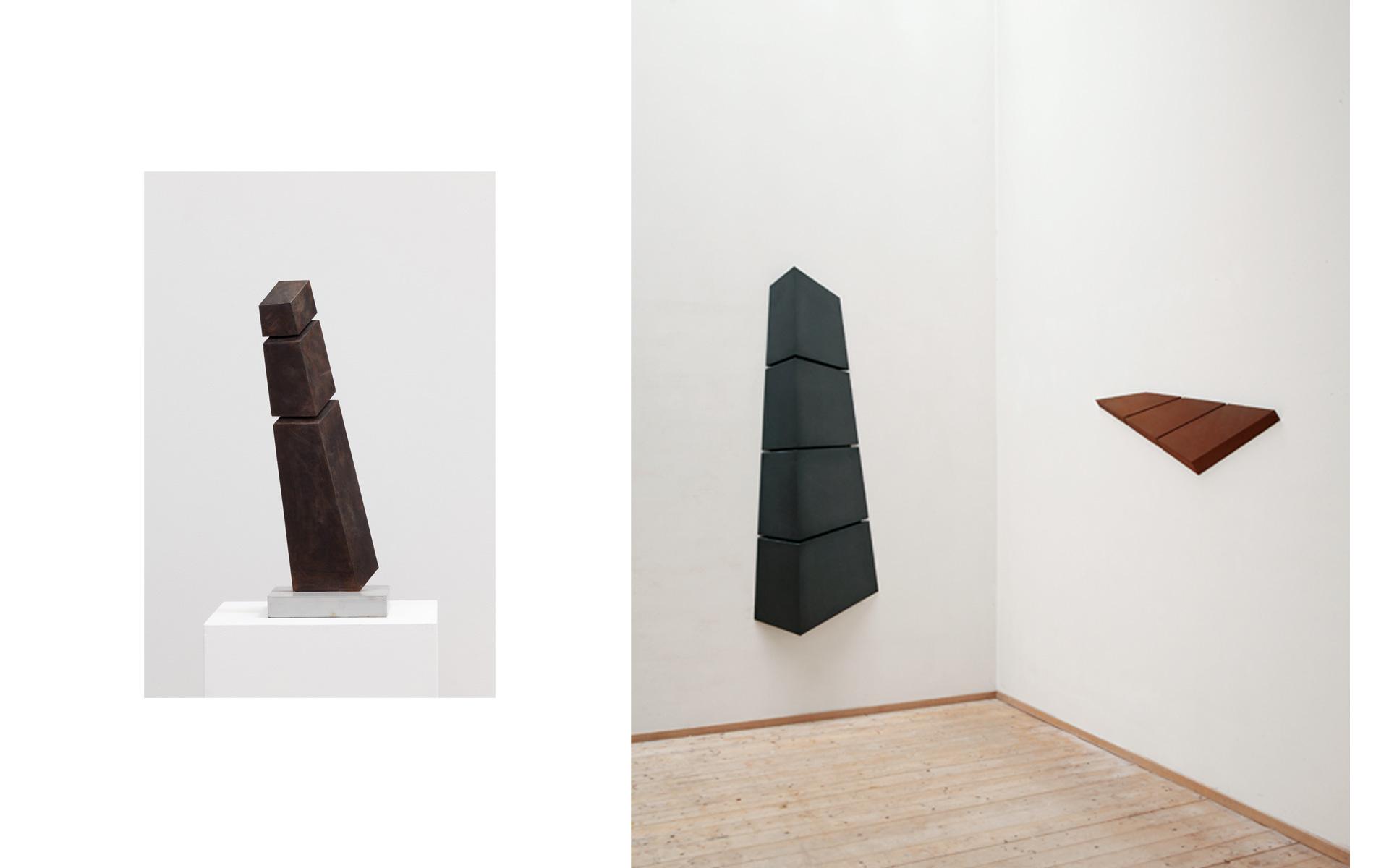 left: above: TURM, 2007 Steel 58.6 × 13.5 × 3.2 cm / right: Installation view studio, 2006 - Photos: Christoph Valentien
