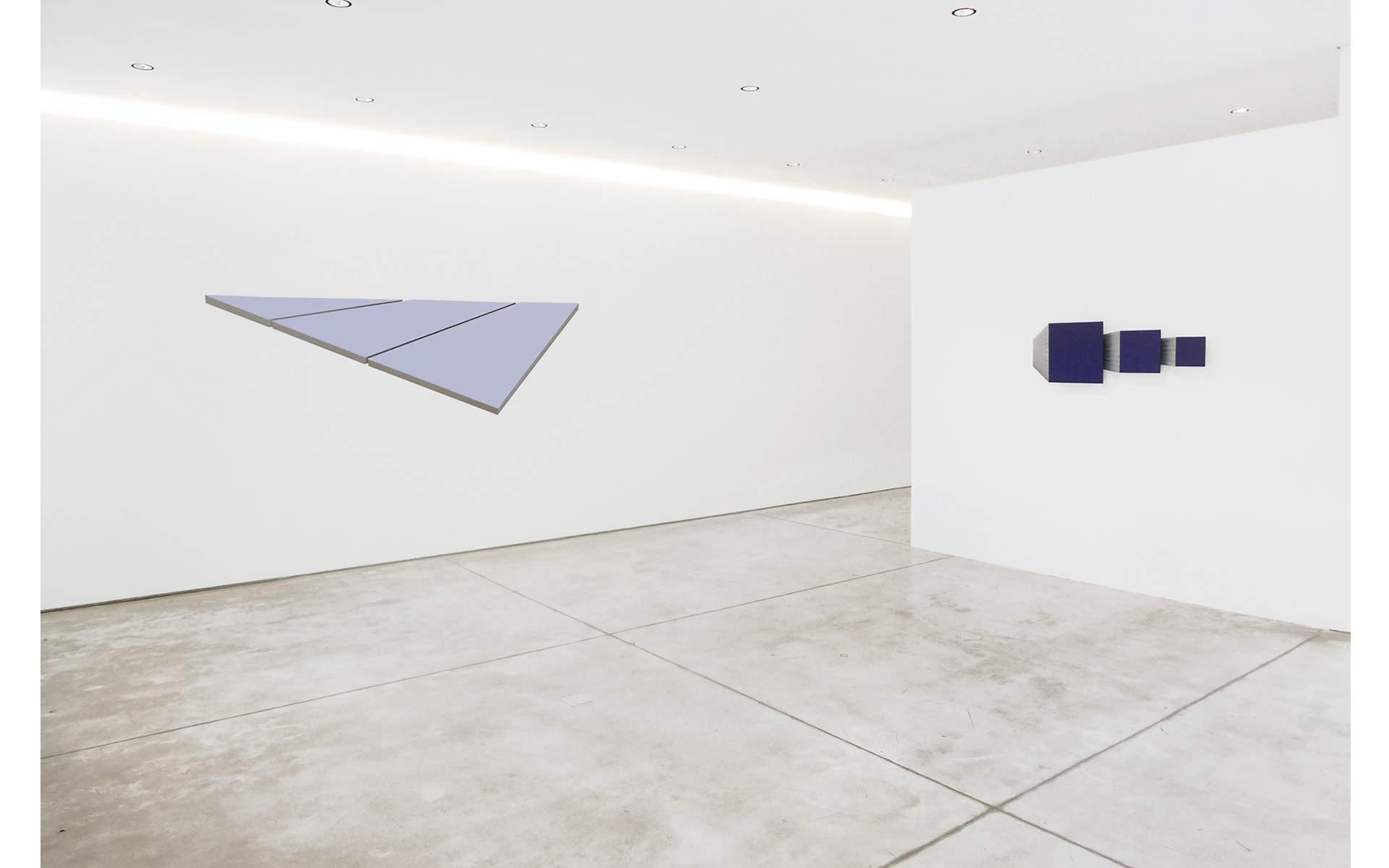 Installation view Gallery Raquel Arnaud, São Paulo, 2013