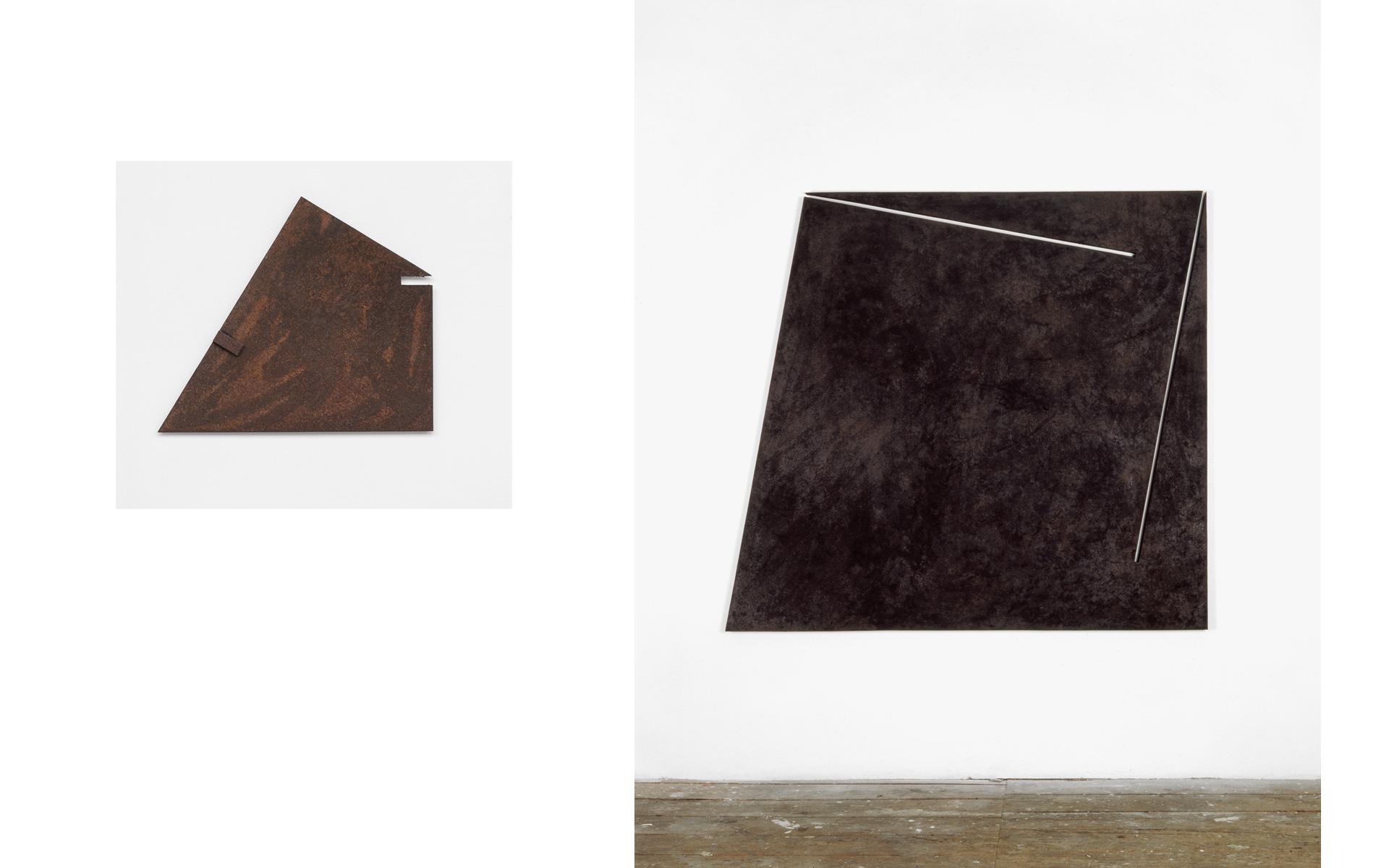 left: O. T., 1989 Steel rusted 55 × 47 × 2.3 cm / right: Relief mit zwei Schnitten, 1989 steel rusted, oiled 153 × 167 × 3 cm - Photos: Hubert P. Klotzeck