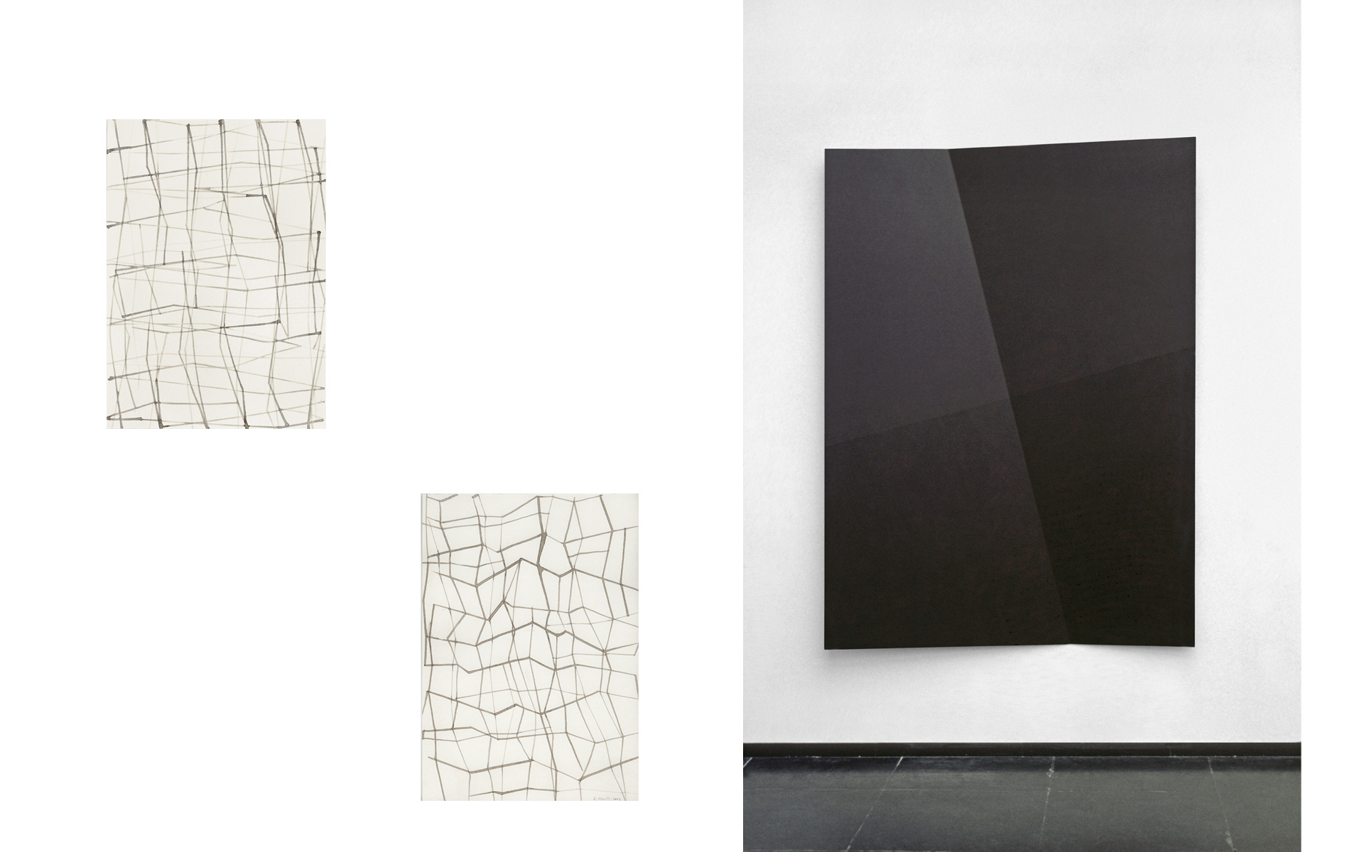 left: each O. T., 2005 Ink on paper 29.7 × 21 cm / right: FALTUNGEN, 1996 Acrylic on aluminum 200 × 150 × 20 cm - Photos: Christoph Valentien